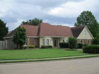 Madison Single Family Home For Sale: 800 Northbay Dr