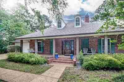 Ridgeland Single Family Home Contingent: 206 Woodrun Cv