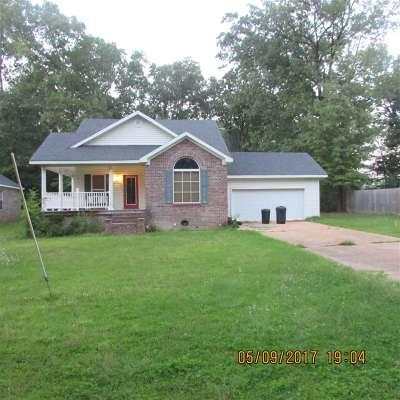 Byram Single Family Home For Sale: 424 Lake Dockery Dr