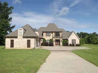 Madison Single Family Home For Sale: 163 Hickory Rd