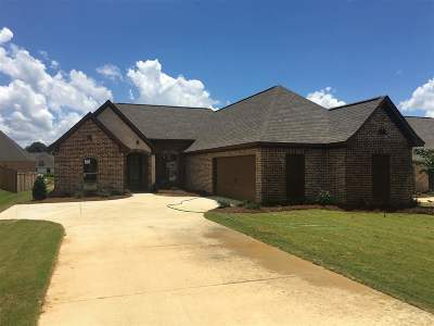 Canton Single Family Home Contingent: 109 Sweetbriar Cir