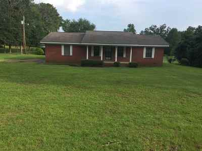 Magee Single Family Home For Sale: 818 Goodwater Rd
