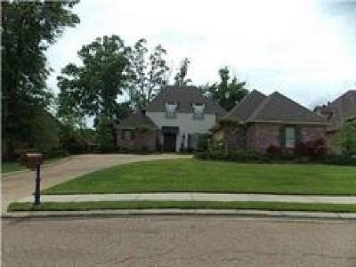 Madison Single Family Home For Sale: 155 Ashton Park Blvd