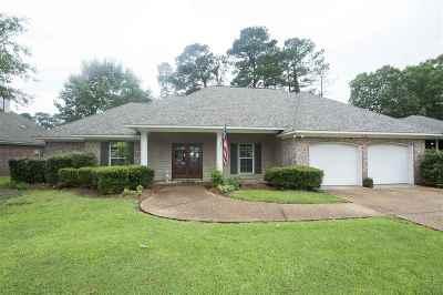 Ridgeland Single Family Home For Sale: 613 Sawpine Ln