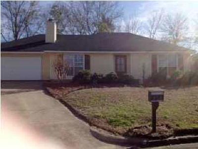 Ridgeland Single Family Home For Sale: 328 Brookwoods Dr