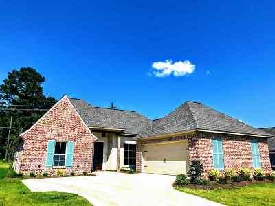 Flowood Single Family Home For Sale: 202 Grace Dr