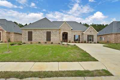 Flowood Single Family Home Contingent/Pending: 308 Royal Pond Circle