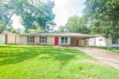 Ridgeland Single Family Home For Sale: 217 Walnut Ridge St