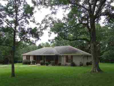 Byram Single Family Home Contingent: 6132 Terry Rd