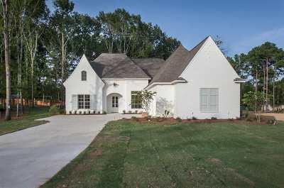 Madison Single Family Home Contingent: 172 Saddlebrook Cove
