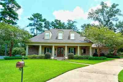 Brandon Single Family Home Contingent: 126 Fox Hollow Bend