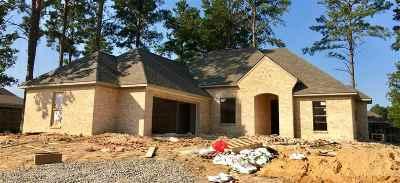 Lake Caroline Single Family Home Contingent: 130 Hampton Ridge