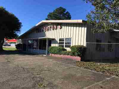 Magee Commercial For Sale: 203 SE Pinola Dr