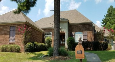Madison Single Family Home For Sale: 125 Weldon Dr