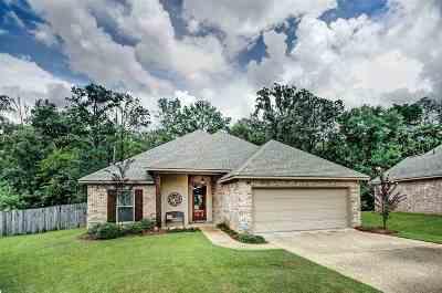 Brandon Single Family Home For Sale: 622 Pinebrook Pl
