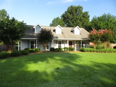 Brandon Single Family Home For Sale: 123 Westlake Dr