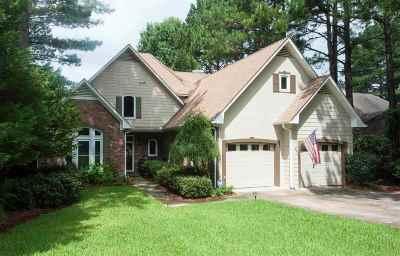 Madison Single Family Home For Sale: 131 Pembroke Cir