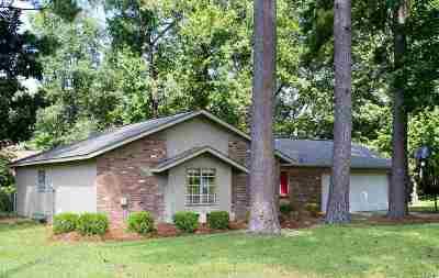 Brandon Single Family Home For Sale: 31 Fox Glen Cir