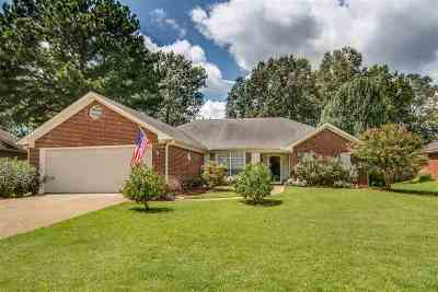 Madison Single Family Home For Sale: 423 West Place