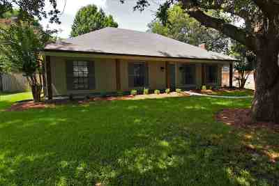 Madison Single Family Home For Sale: 777 Rosewood Pointe Dr.
