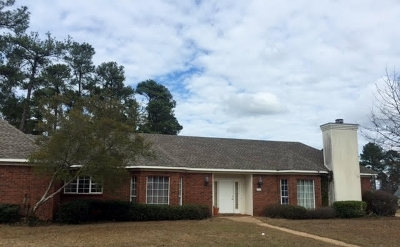 Brandon Single Family Home For Sale: 202 Meadowview Ln