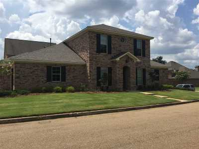 Ridgeland Single Family Home For Sale: 147 Summers Bay