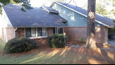 Clinton Single Family Home For Sale: 3 Highland Sq