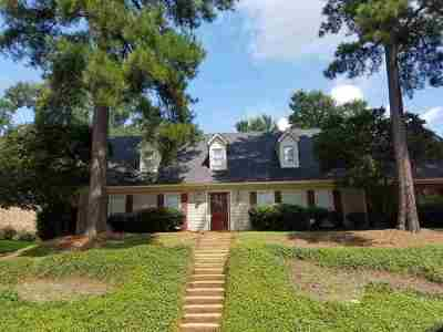 Clinton Single Family Home For Sale: 204 Winding Hills Dr