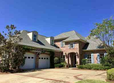 Flowood Single Family Home For Sale: 702 Chickasaw Dr