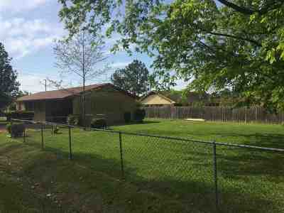 Canton Single Family Home For Sale: 920 Edwards St