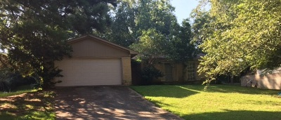 Hinds County Single Family Home For Sale: 128 Elmwood Pl