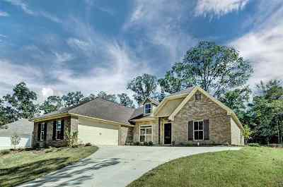 Madison Single Family Home For Sale: 154 Wind Dance Dr
