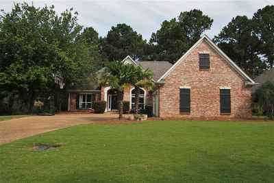Madison Single Family Home For Sale: 828 Annandale Rd
