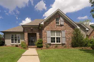 Madison Single Family Home For Sale: 407 Hoy Farms