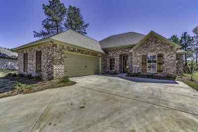 Madison Single Family Home For Sale: 119 Hampton Pl