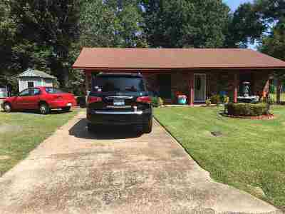Canton Single Family Home For Sale: 1023 Hillcrest Dr