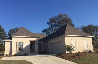 Madison Single Family Home For Sale: 116 Camden Point #Lot 613