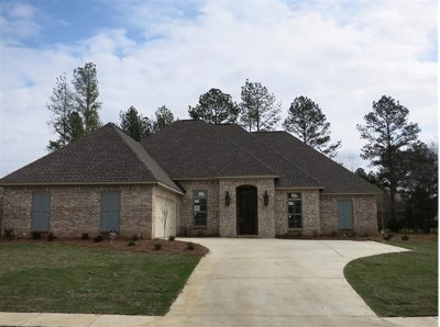 Madison Single Family Home For Sale: 132 Camden Point #Lot 621