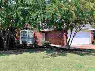 Brandon MS Single Family Home For Sale: $158,000