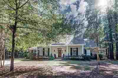 Madison Single Family Home For Sale: 381 Ingleside Dr