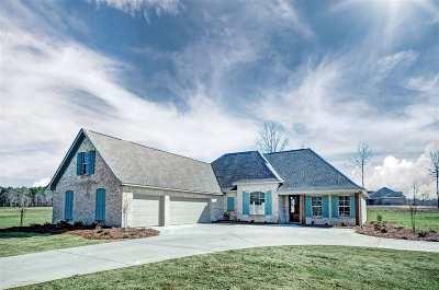 Brandon Single Family Home For Sale: 600 Kylemore Ln