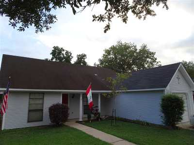 Ridgeland Single Family Home For Sale: 307 Planters Grove