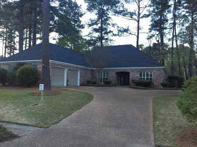 Ridgeland Single Family Home For Sale: 306 Holley Ln