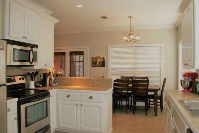 Brandon Single Family Home For Sale: 728 Hartwood Cv