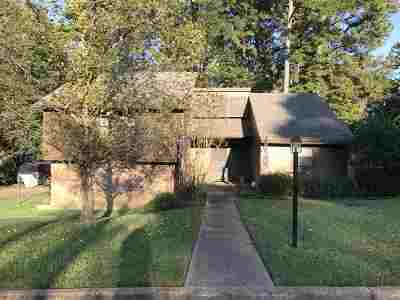 Brandon Single Family Home For Sale: 562 Thorngate Ct