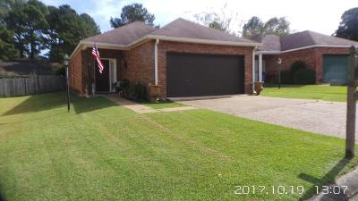 Brandon Single Family Home For Sale: 113 Cape Charles