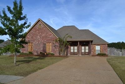 Brandon Single Family Home For Sale: 902 Belle Oak Cv