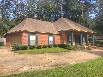 Jackson Single Family Home For Sale: 1066 Meadowbrook Rd