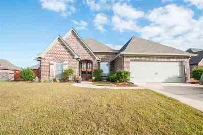 Brandon Single Family Home For Sale: 515 Belle Oak Pl