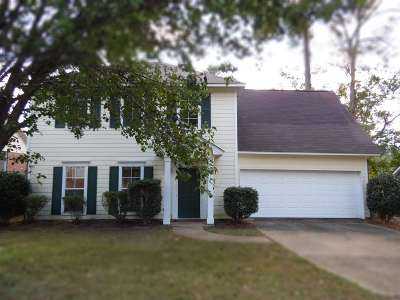 Ridgeland Single Family Home Contingent: 714 Glen Burne Ln